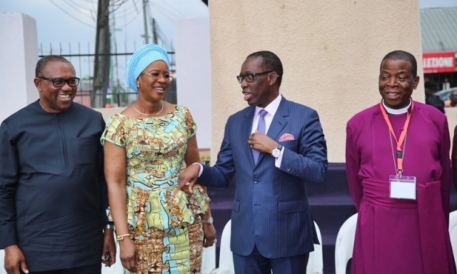 Delta State Governor, Senator Ifeanyi Okowa (2nd right); his wife, Dame Edith (2nd left); PDP Presidential Candidate, Peter Obi (left) and Archbishop, Metropolitan and Primate of all Nigeria Anglican Communion, Most Rev'd Nicholas Okoh, during the Church of Nigeria Standing Committee Meeting, held in Warri Delta State.