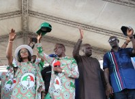 Delta State Governor, Senator Ifeanyi Okowa (2nd left); his wife, Dame Edith (left); former Governor, of Delta State, Chief James Ibori (2nd right) and State PDP Chairman, Barr. Kingsley Esiso, during Delta State PDP Governorship Campaign Ika North Local Government Area, Owa-Oyibu Township Stadium.