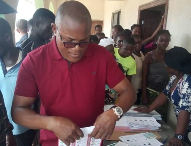 Delta PDP Campaign DG, Rt. Hon. Funkekeme Solomon casting his vote