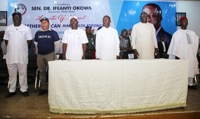 Delta State Governor, Senator Ifeanyi Okowa (3rd right); Delta State PDP Chairman, Barr. Kingsley Esiso (2nd right); Hon. Ned Nwoko (right); Chairman, Delta State Nigeria Labour Congress (NLC), Comrade Jonathan Jemirieyigbe (3rd left); Chairman, Trade Union Congress, Comrade Nwobodo Chinedu Michael (2nd left) and Comrade Mike Okeme, during a meeting with Leaders' and Members of Organized Labour Union, held in Government House Asaba.