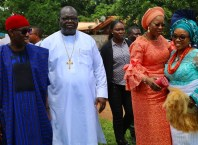 Delta State Governor, Senator Ifeanyi Okowa (left); his wife, Dame Edith (2nd right); Apostle Christopher Eruemulor (2nd left) and his wife, Mrs. Mary, during the Funeral Mass of Late Ezinne Gladys Aniagwu, at St' John Catholic Church, Ubulu-Unor