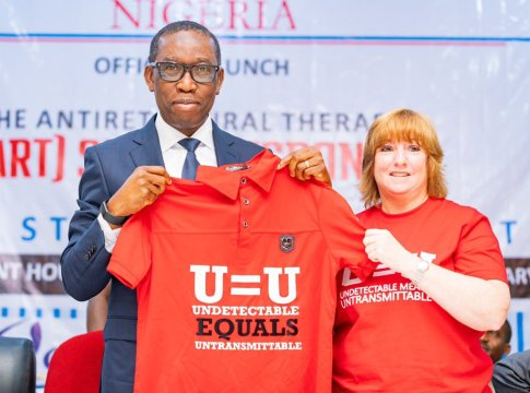 Delta Governor, Senator Ifeanyi Okowa (left), and the Deputy Chief of Mission of the United State Centre for Disease Control, Kathleen FitzGibbon, at the official Launch of the Delta State Anti-retroviral Therapy Surge Response in Asaba on Thursday, January 9, 2020 (Pix: Twitter/Dr. Ifeanyi Arthur Okowa)