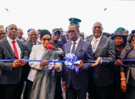 President, Court of Appeal, Hon. Justice Zainab Bulkachuwa (3rd right); Delta State Governor, Senator Dr. Ifeanyi Okowa (2nd right); Deputy Governor of Delta State, Barr. Kingsley Otuaro (right); Attorney-General and Commissioner of Justice, Barr. Peter Mrakpo (left); Speaker, Delta State House of Assembly, Rt. Hon. Sheriff Oborevwori  (2nd left) and others, during the Commissioning of the Court of Appeal, Asaba Division on Monday, February 3, 2020