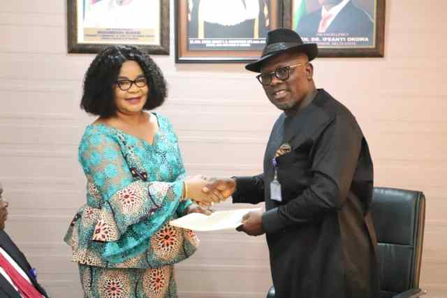 R-L: Rt Hon Sheriff Oborevwori, Speaker, Delta State Assembly and Mrs. Ruby Okoro, Managing Director,Delta Trust Mortgage Bank