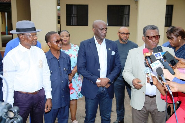 Delta Commissioner for Health, Dr. Mordi Ononye (right) speaking as Other Government Officials look on after an Inspection tour of the Isolation and Treatment Centre at Asaba Specialist Hospital in preparation against the COVID-19 pandemic on Monday, March 23, 2020 (Pics: DTGH Press Unit)