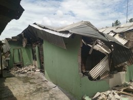 One of the Buildings destroyed in Evwreni Community by suspected Ex-vigilantes