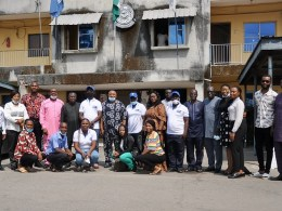 Vice Chancellor, Delta State University, Prof Andy Ogochukwu Egwuyenga flanked by members of Parasitology and Public Health Society of Nigeria (PPSN) and Delta State Primary Health Care Development Agency (DSPHCDA) after a courtesy visit.