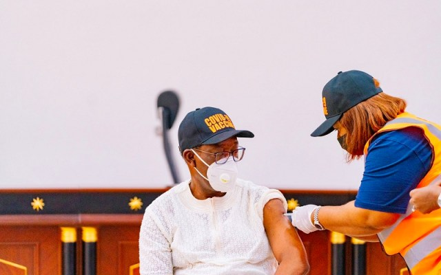 Delta Governor, Senator (Dr) Ifeanyi Okowa, receiving COVID-19 Vaccination in Government House,Asaba on Friday, March 12, 2021