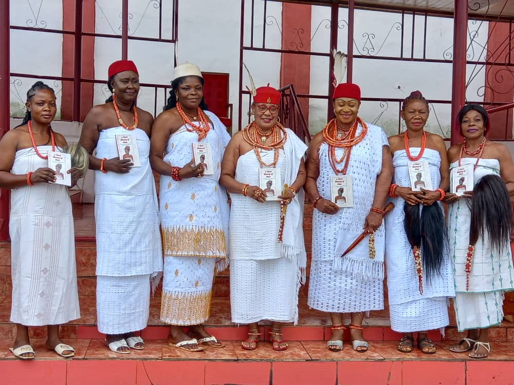 3. Omus Displaying a Book on Omuship Authored by Historian Emeka Esogbue.