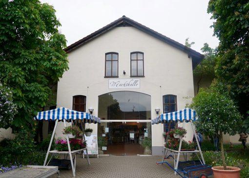 The farm shop building at Domäne Mechtildshausen