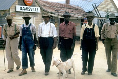 Photo of Tuskegee syphilis experiment subjects in Davisville, Ala.