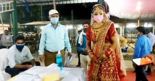पंचायत चुनाव जीतने की खबर सुनते ही शादी छोड दौडी दुल्हन, फिर जो हुआ...देखें  वीडियो - ASB NEWS INDIA