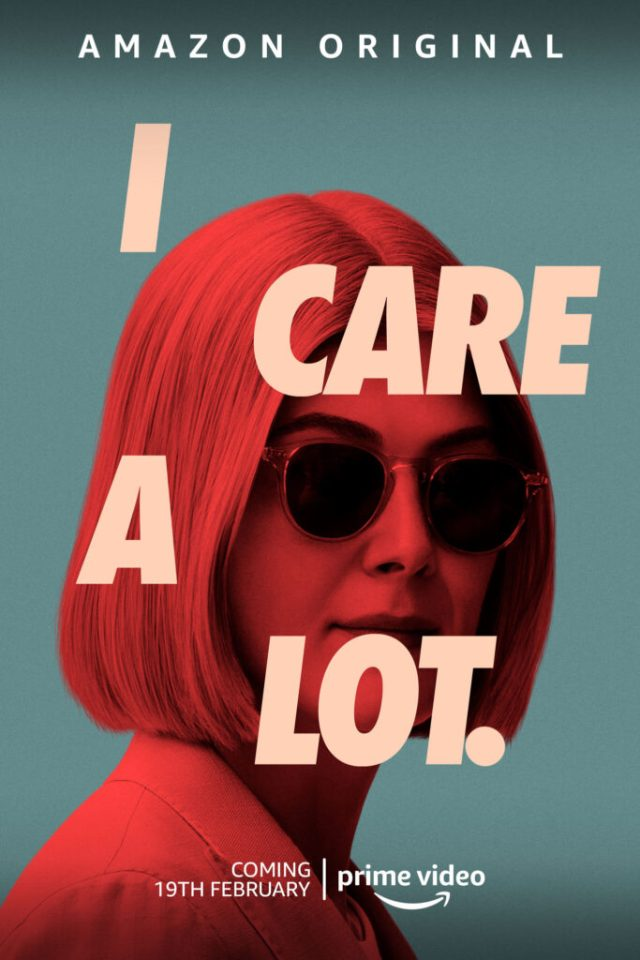 I Care a Lot poster locandina