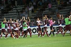 Esultanza dopo il derby contro il Padova (2-0)