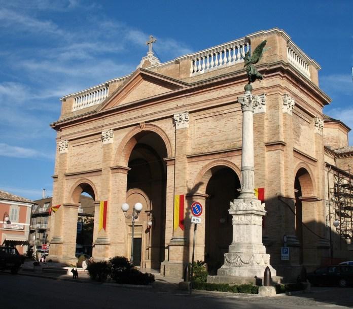 La cattedrale di Montalto, nel Piceno