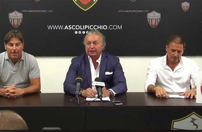 Massimo Pulcinelli nella sua prima conferenza stampa da presidente dell'Ascoli Calcio