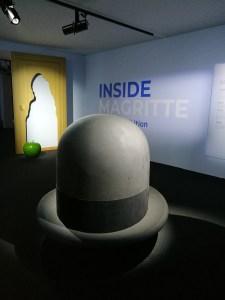 il cappello di Magritte