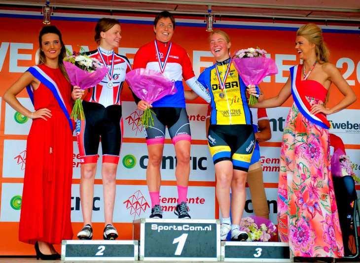 ASC Olympia - Eva van Glasenap in WK selectie aangepast wielrennen