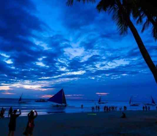 2021 World Travel Awards once again named the Philippines as Asia's Top Beach and Dive destination.