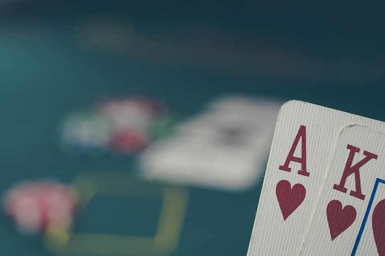 Online poker cards Southeast Asia