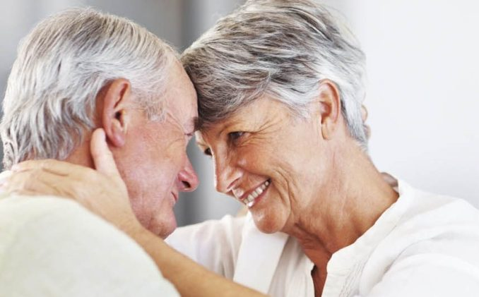 SegurCaixa Adeslas lanza su Seguro de Salud para mayores de 70 años