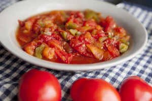 Kandungan Gizi dan Komposisi dari Tomat Merah yang Direbus