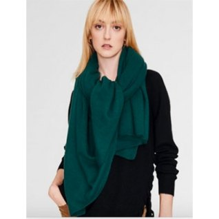 Thoughtful holiday gift cashmere wrap