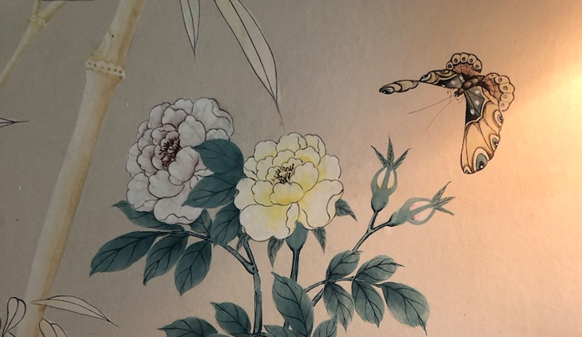 Classic, Hand Painted, Chinoiserie Wallpaper is In – Again