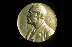 Médaille-du-prix-Nobel-1024x682