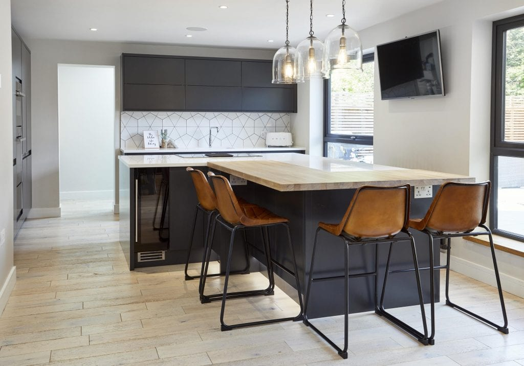 Why Kitchen Islands Are So Popular