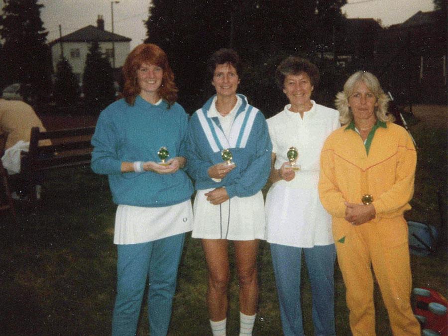 LadiesHandF1987