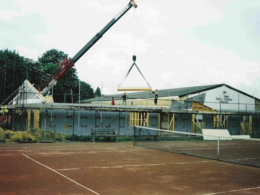 Building of the current clubhouse, 1990s