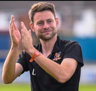 Luke Tuffs joins the Tangerines