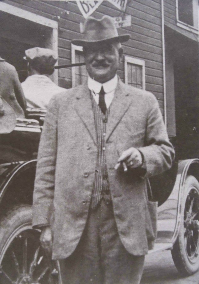 R.W.B.George Thomson, circa 1915