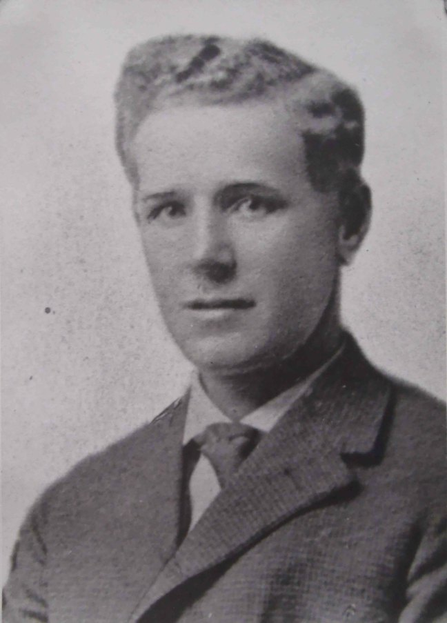 Herbert Raynor, Worshipful Master of Ashlar Lodge No.3 in 1925. (The date of this photo is not known)