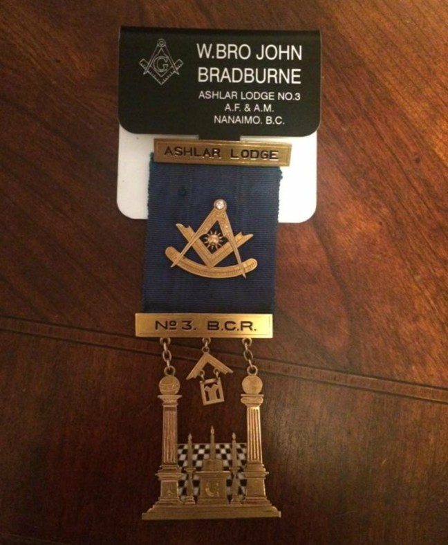 William's Adam's Past Master's Jewel from 1914 was presented to John Bradburne (Worshipful Master-2015) at the Ashlar Lodge, No.3 Installation, 19 December 2015