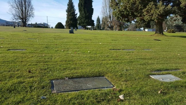 The grave marker of Jack Cottle and Mary Cottle in Bowen Road Cemetery, Nanaimo, B.C.