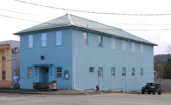 Cumberland Masonic Hall, 2687 Dunsmuir Avenue in downtown Cumberland (photo: Ashlar Lodge No. 3 Historian)