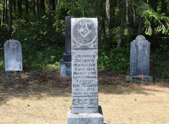 Giovanni Marocchi grave, Cumberland Cemetery, Cumberland, B.C. (photo: Ashlar Lodge No. 3 Historian)