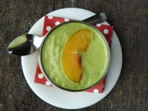 Peaches & Green Smoothie