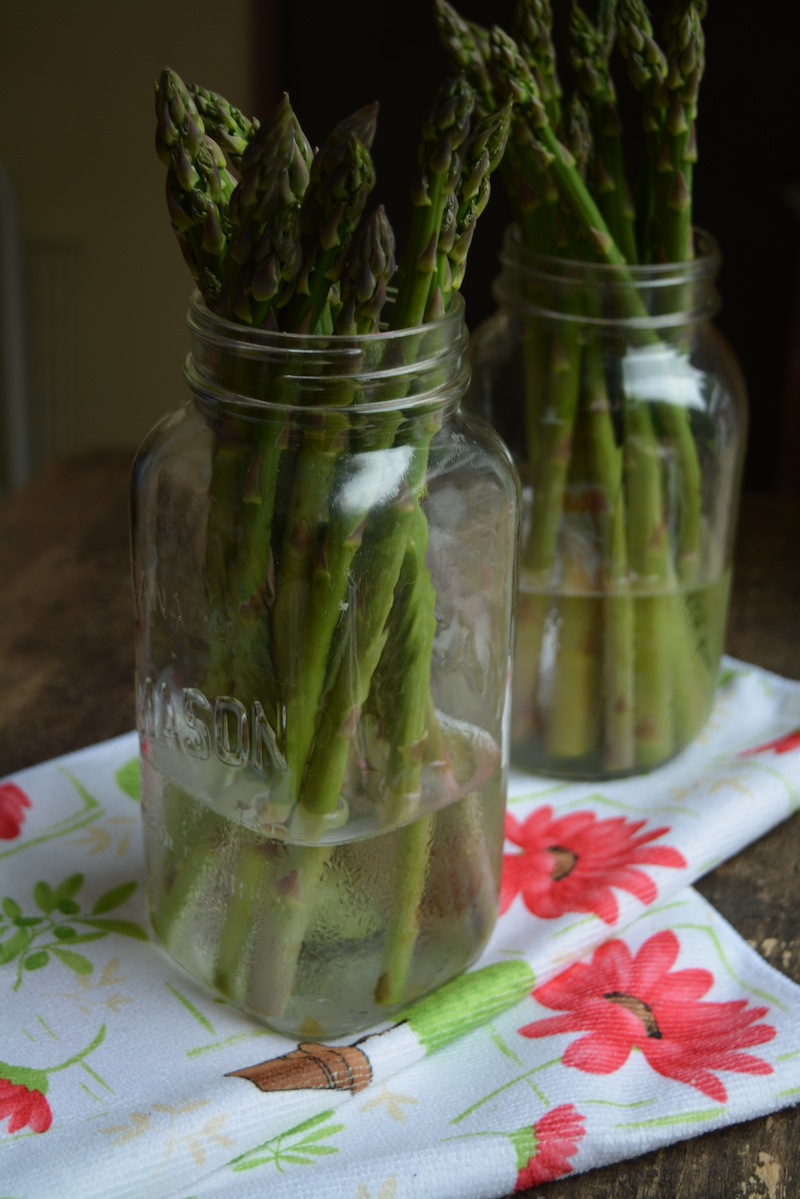 How to store fresh asparagus