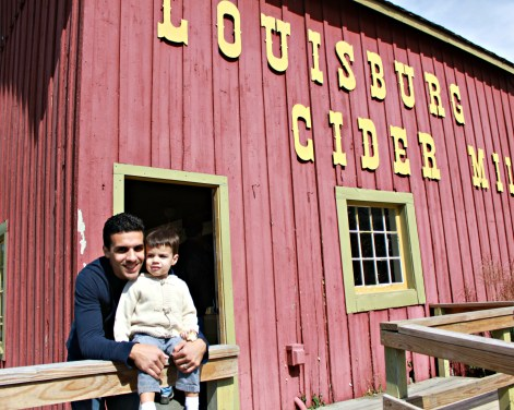 Louisburg Cider Mill with Daddy - {My Life Space Moments}