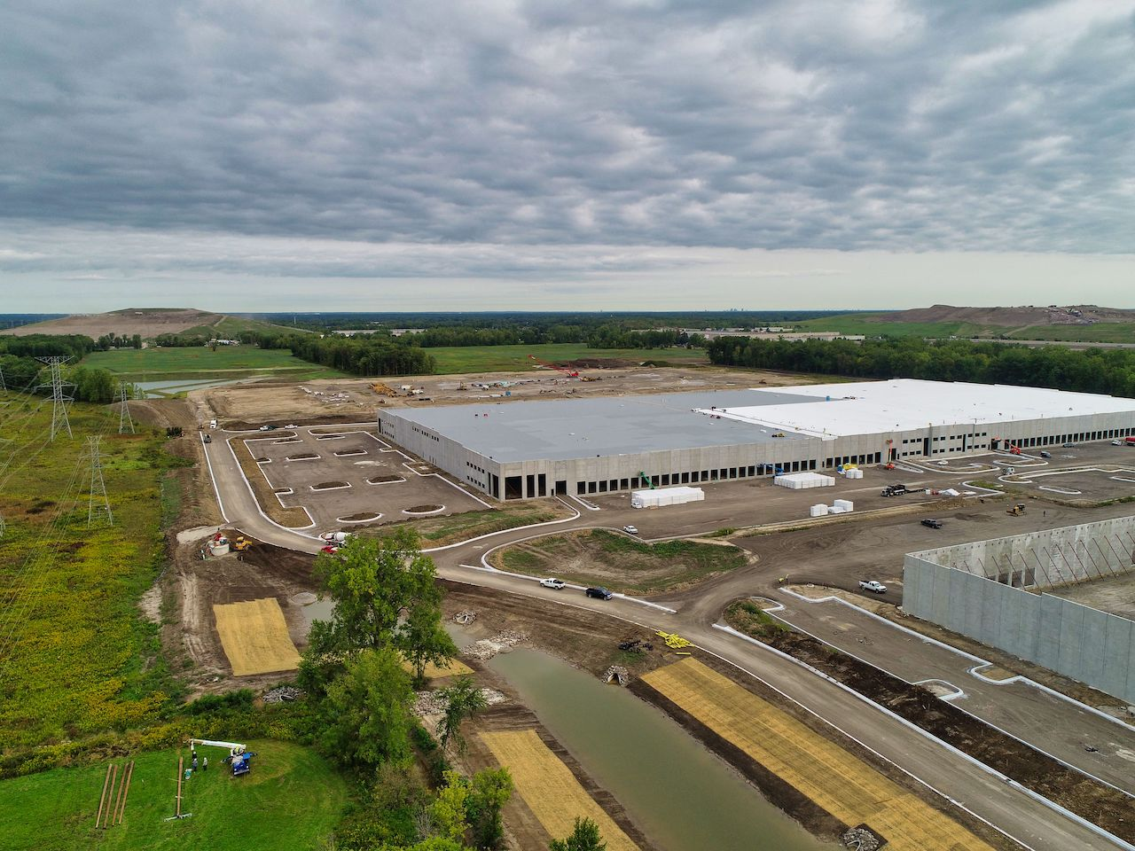 Crossroads-Distribution-Center-North-Ashley-Capital-Michigan-Industrial-Warehouse