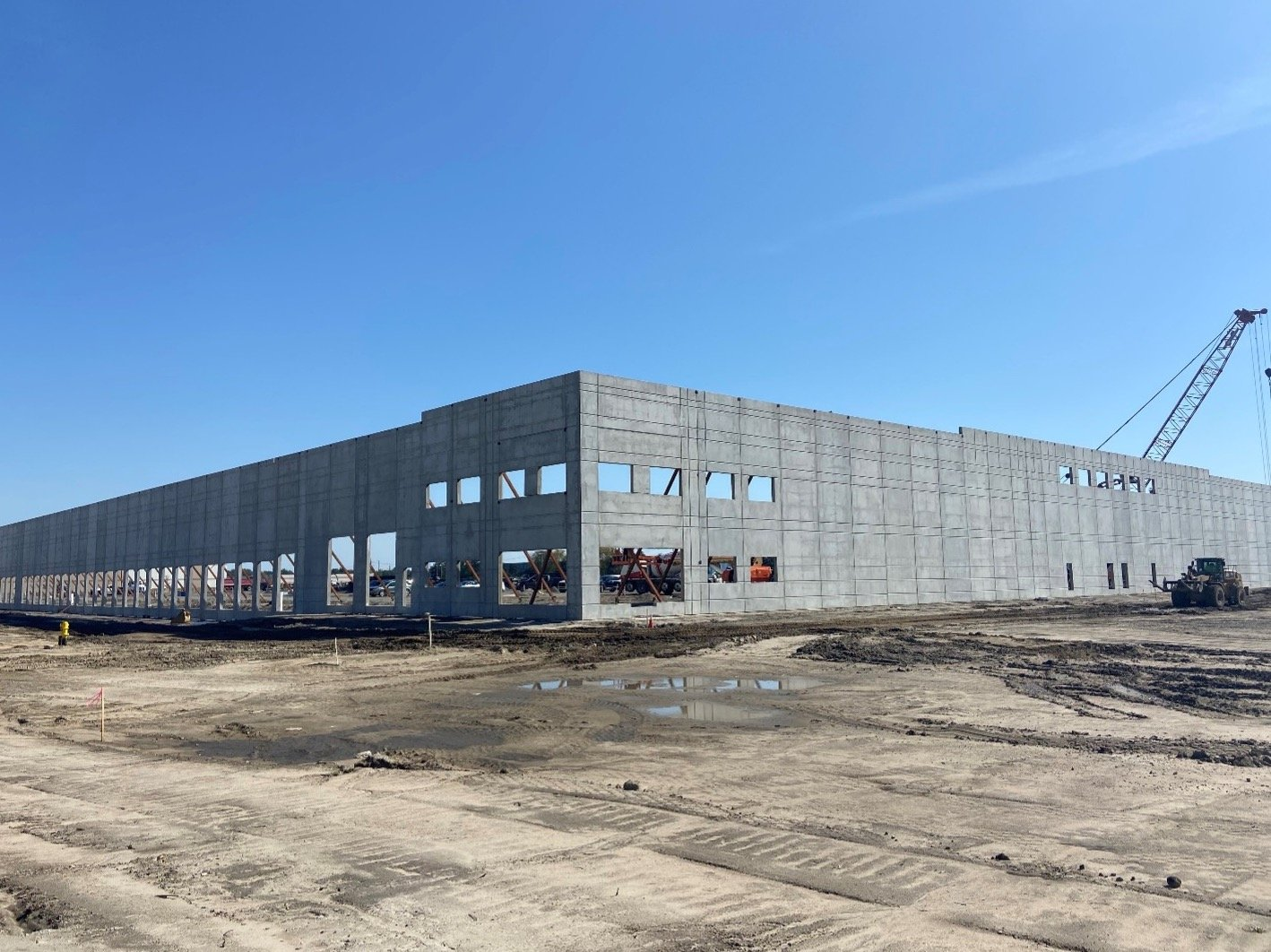 Livonia West Commerce Center 2 - Michigan Industrial Real Estate
