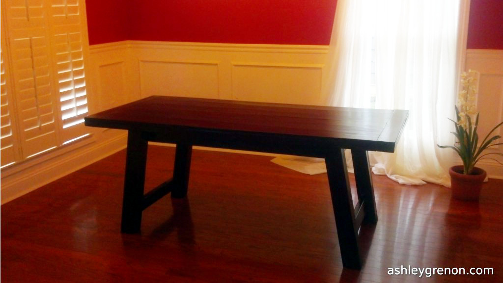 DIY Benchwright Farmhouse Table (Plans by Ana White)