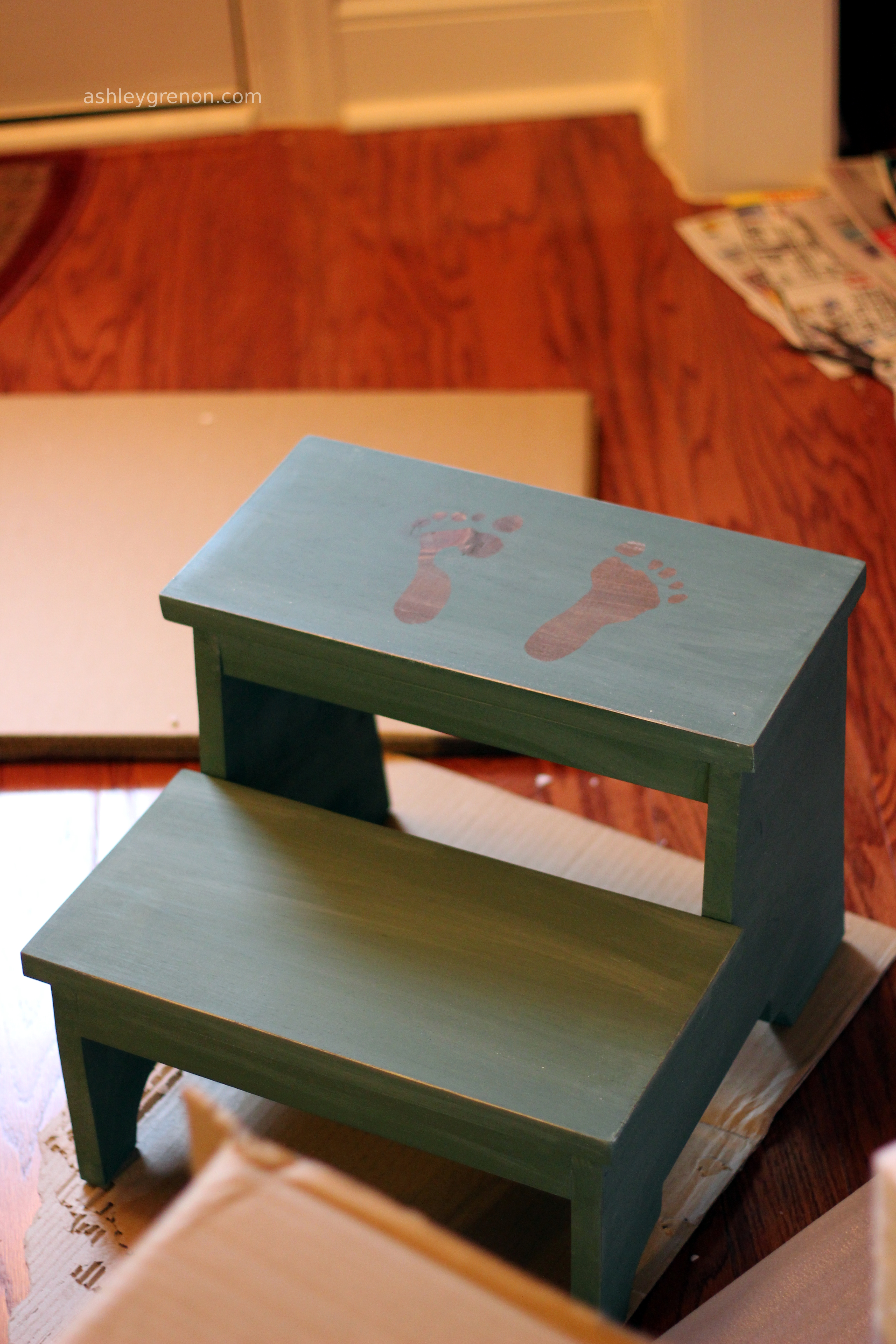 Finishing the Step Stool : childs step stool plans - islam-shia.org