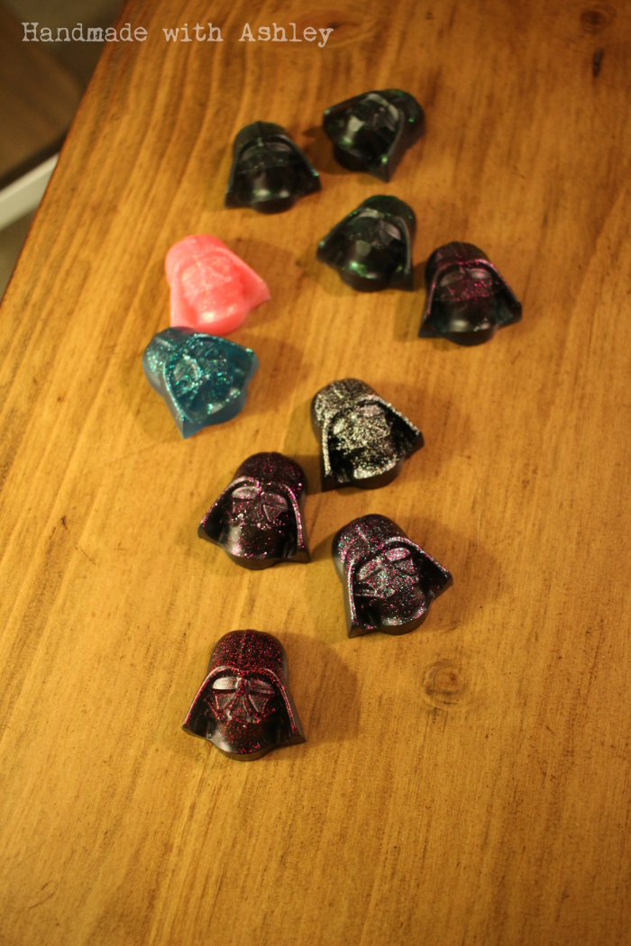 Lots of Darth Vaders