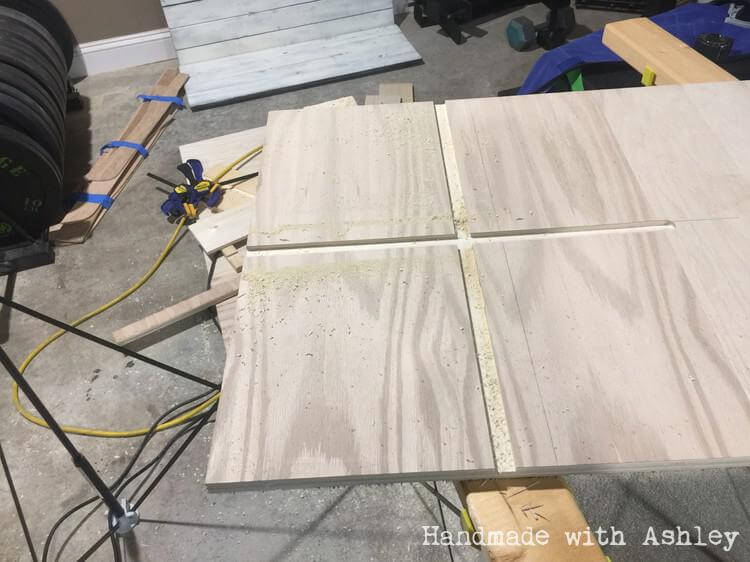 Creating dadoes in plywood with a router