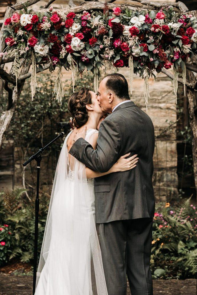 Rustic-Outdoor-Wedding-Ceremony