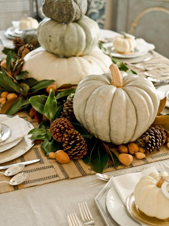 original_Marian-Parsons-Thanksgiving-rustic-organic-table-setting-gourds-magnolia-leaves_3x4.jpg.rend.hgtvcom.966.1288